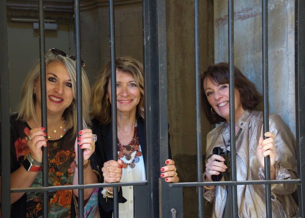 3 Femmes majuscles-la provinciale.27