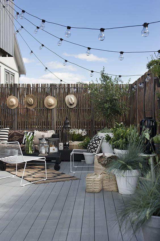 Travaux de saison :  la terrasse !